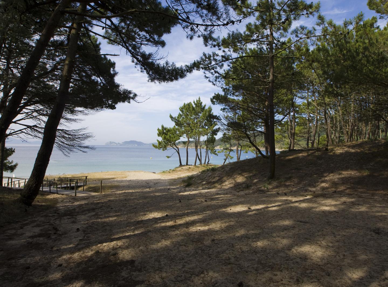 La playa nudista de Barra en la península do Morrazo, Pontevedra