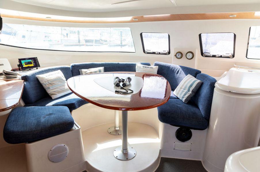 Catamarán Goldo